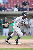 September 10, 2009: Patrick Norris of the Burlington Bees. The Bees are the Midwest League affiliate for the Kansas City Royals. Photo by: Chris Proctor/Four Seam Images