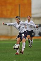 Carli LLoyd vs Norway during the 2010 Algarve Cup.