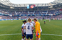 HARRISON, NJ - MARCH 08: Crystal Dunn #19, Becky Sauerbrunn #4, Emily Sonnett #14, Abby Dahlkemper #7 and Alyssa Naeher #1 of the United States huddle on the field during a game between Spain and USWNT at Red Bull Arena on March 08, 2020 in Harrison, New Jersey.