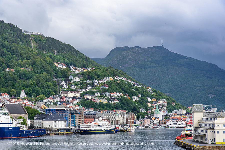 Bergen harbor with views of Mt. Floien & Mt Ulriken