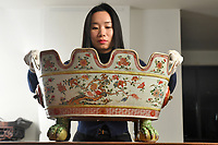 300-yr-old Chinese 'wine cooler' that has a matching pair in Clarence House tipped to sell for £60k.