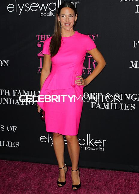 SANTA MONICA, CA, USA - OCTOBER 18: Jennifer Garner arrives at Elyse Walker's 10th Annual Pink Party held at Santa Monica Airport HANGAR:8 on October 18, 2014 in Santa Monica, California, United States. (Photo by Celebrity Monitor)