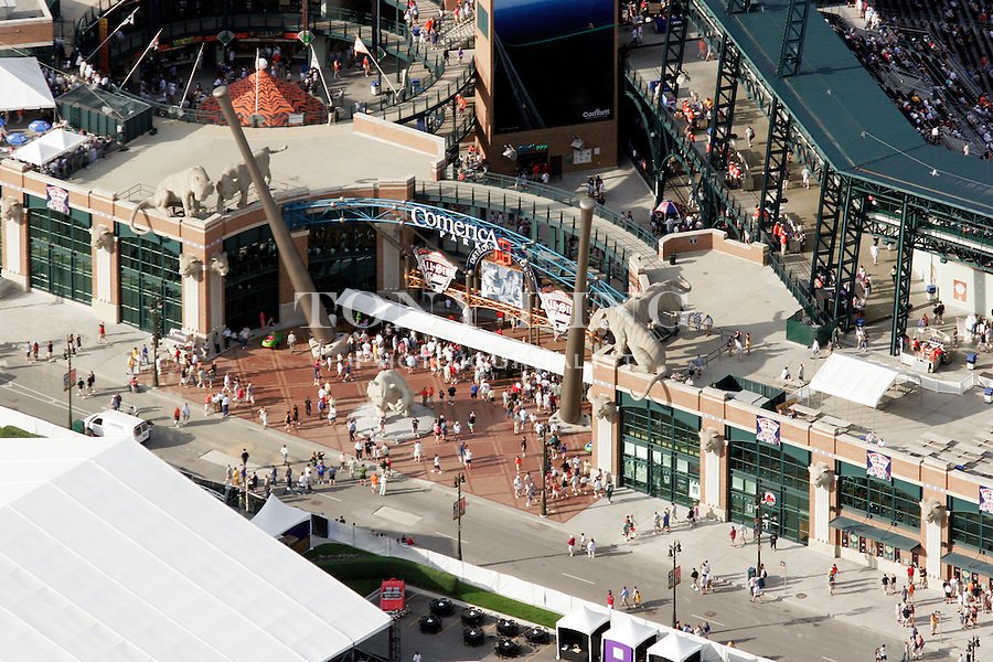 """Fans line up to enter Comerica Park in this aerial view taken from on board the Akron, Ohio based """"Spirit of Goodyear"""" airship on Monday, July 11, 2005 before the start of the 2005 Major League Baseball All-Stars Home-run Derby. (AP Photo/Tony Ding)."""