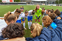 Genk players pictured ahead of a female soccer game between Club Brugge Dames YLA and KRC Genk on the fifth matchday of the 2021 - 2022 season of Belgian Scooore Womens Super League , saturday 2 october 2021 in Aalter , Belgium . PHOTO SPORTPIX   DAVID CATRY