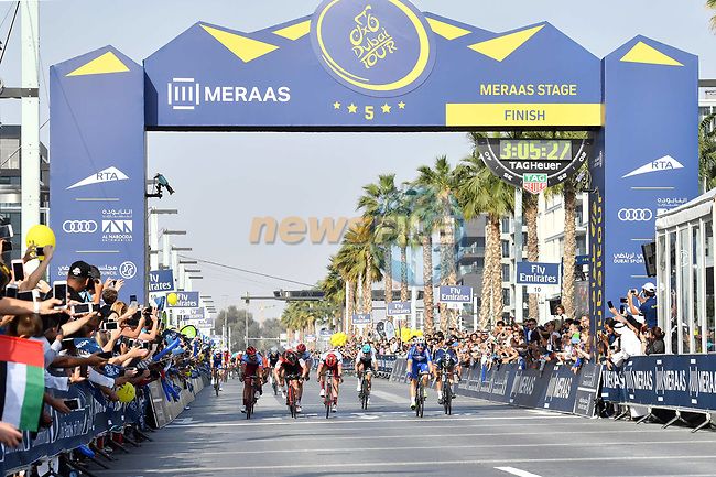 Race leader Elia Viviani (ITA) Quick-Step Floors wins Stage 5 The Meraas Stage final stage of the Dubai Tour 2018 the Dubai Tour's 5th edition, running 132km from Skydive Dubai to City Walk, Dubai, United Arab Emirates. 10th February 2018.<br /> Picture: LaPresse/Massimo Paolone   Cyclefile<br /> <br /> <br /> All photos usage must carry mandatory copyright credit (© Cyclefile   LaPresse/Massimo Paolone)