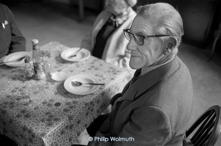 Pensioners' Lunch Club, WVS, 313 Harrow Road, North Paddington, London