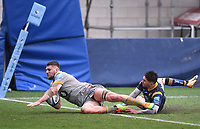 14th February 2021; Sixways Stadium, Worcester, Worcestershire, England; Premiership Rugby, Worcester Warriors versus Wasps; Tom Willis of Wasps scores a try under pressure from Nick David of Worcester Warriors