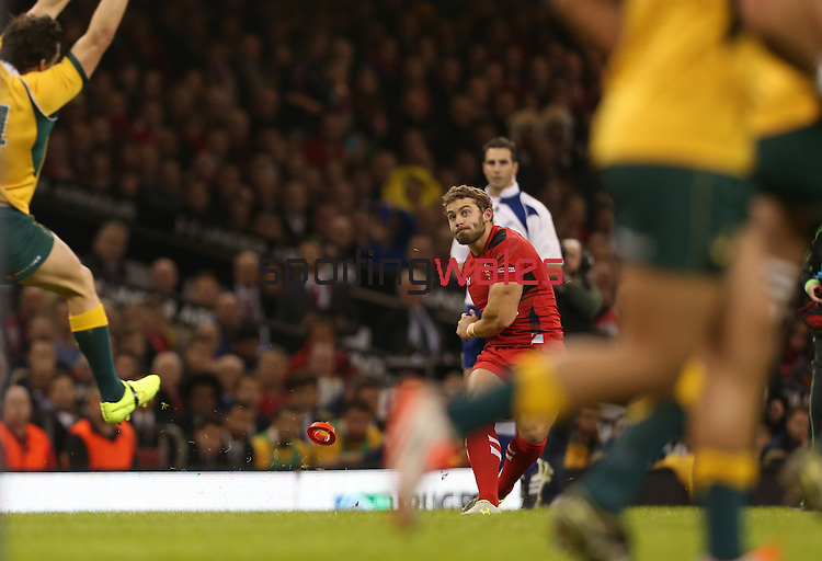 Wales fullback Leigh Halfpenny kicks an early conversion to extend Wales lead.<br /> Dove Men Series 2014<br /> Wales v Australia<br /> Millennium Stadium<br /> 08.11.14<br /> ©Steve Pope-SPORTINGWALES