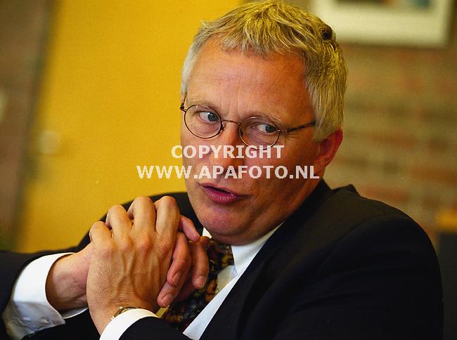 harderwijk 270600 directeur verzorgingstehuis sonnevanck .<br />foto frans ypma APA-foto