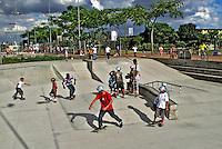 Pista de Skate. Parque da Juventude em Santana. São Paulo. 2009. Foto de Juca Martins.