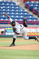 October 5, 2009:  Pitcher Vladimir Ortiz of the Detroit Tigers organization delivers a pitch during an Instructional League game at Space Coast Stadium in Viera, FL.  Photo by:  Mike Janes/Four Seam Images