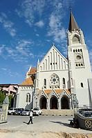 Tanzania Dar es Salaam, catholic cathedral St.-Josephs built 1897-1902 / TANSANIA Dar es Salam, St.-Josephs-Kathedrale des katholischen Erzbistums Daressalam wurde in der deutschen Kolonialzeit von Mitgliedern der Benediktinerkongregation von St. Ottilien 1897 bis 1902 im neugotischen Stil errichtet und 1905 geweiht