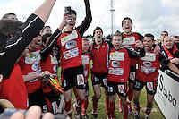 VC Wingene - FC Izegem : vreugde bij het eindsignaal bij Meldert.foto VDB / BART VANDENBROUCKE