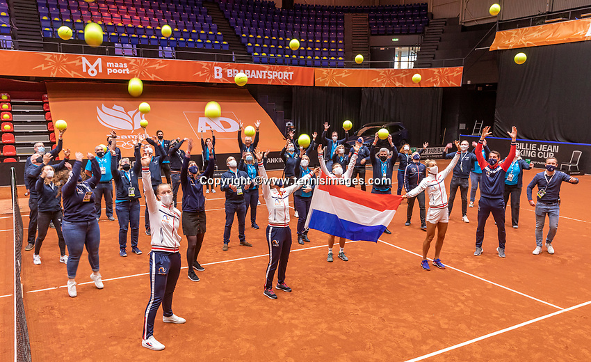 Den Bosch, The Netherlands, April 17, 2021,    Maaspoort, Billie Jean King Cup  Netherlands -  China , seccond day doubles match: Arantxta Rus (NED) and Demi Schuurs (NED)   Yfan XU  (CHN) and Shuai Zang (CHN)<br /> Photo: Tennisimages/Henk Koster