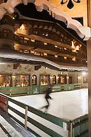 Europe/France/Rhone-Alpes/73/Savoie/Courchevel:  L' Hotel Les Airelles et sa patinoire