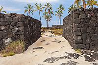 """The Great Wall"" in Pu'uhonua o Honaunau National Historical Park, Big Island."