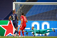23rd August 2020, Estádio da Luz, Lison, Portugal; UEFA Champions League final, Paris St Germain versus Bayern Munich; Robert Lewandowski (M)  shoots past Presnel Kimpembe (PSG), beats Keylor Navas (PSG) but hits the goal post and rebounds out