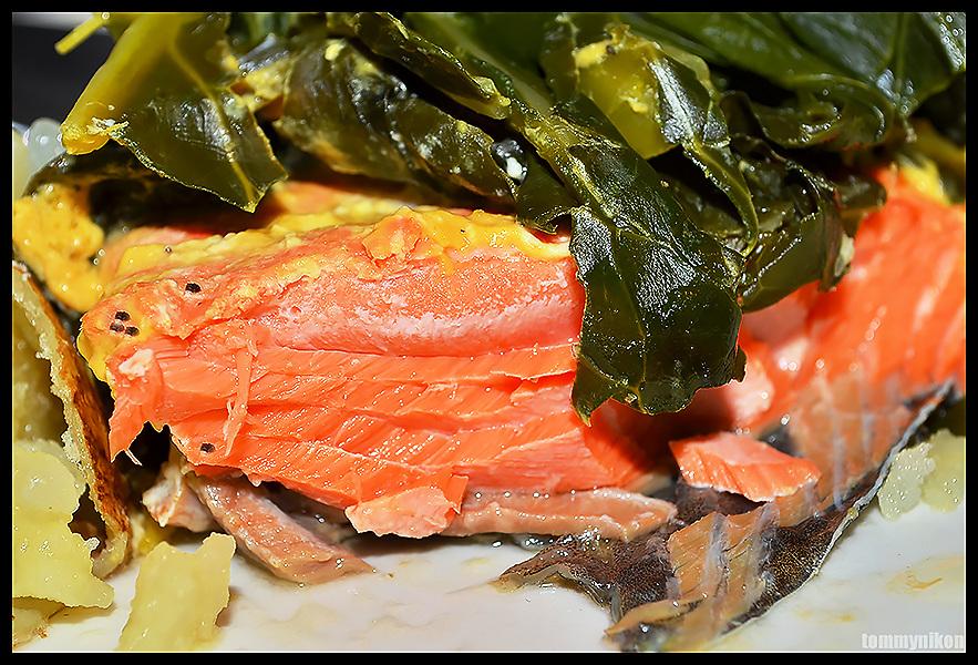 NW salmon+collard greens+baked potato