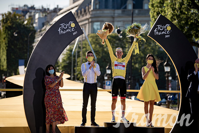 Tadej Pogacar (SVN/UAE-Emirates) on the podium in Paris as the winner of the yellow jersey as GC winner in this Tour.<br /> <br /> Stage 21 (Final) from Chatou to Paris - Champs-Élysées (108km)<br /> 108th Tour de France 2021 (2.UWT)<br /> <br /> ©kramon