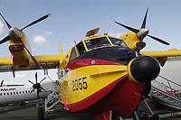 - antifire water bomber 10  Canadair....- bombardiere ad acqua antincendi Canadair..