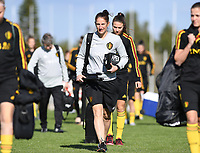 20190228 - LARNACA , CYPRUS : Belgian physiotherapist  Johanna Klingen pictured during a Matchday -1 training from The Belgian Red Flames prior to their game against the women team of Austria , on Thursday 28 February 2019 at the Alpha Sports Grounds in Larnaca , Cyprus . This will be the second game in group C for Belgium during the Cyprus Womens Cup 2019 , a prestigious women soccer tournament as a preparation on the European Championship 2021 qualification duels. PHOTO SPORTPIX.BE | DAVID CATRY