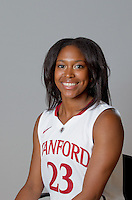 Jasmine Camp with Stanford Women's basketball team. Photo taken on Wednesday, October 2, 2013