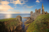 SC - Prov. CAITHNESS<br /> Castle Girnigoe & Sinclair on top of Sinclair Bay at Noss Head<br /> <br /> Full size: 69,2 MB