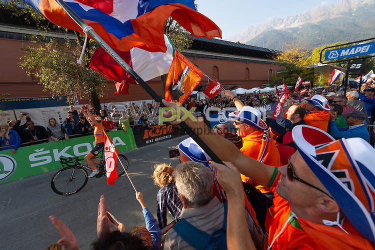 Picture by Richard Blaxall/SWpix.com - 29/09/2018 - Cycling 2018 Road Cycling World Championships Innsbruck-Tirol, Austria - Women's Elite Road Race - Anna van der Breggen of the Netherlands celebrates winning Gold