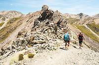 Hikers on Lake Angelus Ridge, Nelson Lakes National Park, South Island, New Zealand, NZ