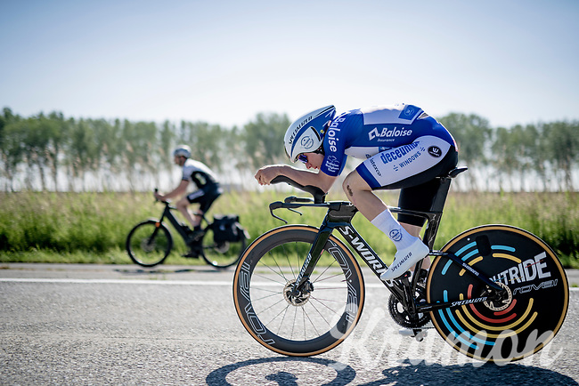 Remco Evenepoel (BEL/Deceuninck-QuickStep) on his way to the stage win by smashing his time trial skills once again <br /> <br /> 91st Baloise Belgium Tour 2021 (BEL/2.Pro)<br /> Stage 2 (ITT) from Knokke-Heist to Knokke-Heist (11.2km)<br /> <br /> ©kramon