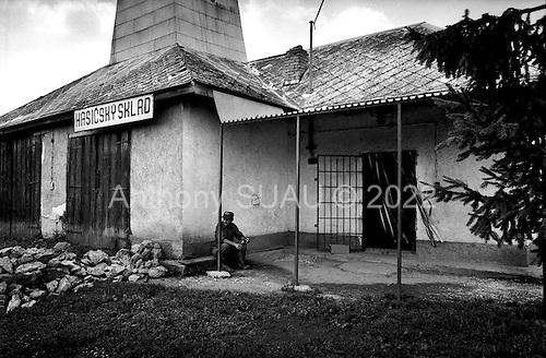 Zahor, Slovakia Republic.July 1997.A village grocery store near the Ukraine border.
