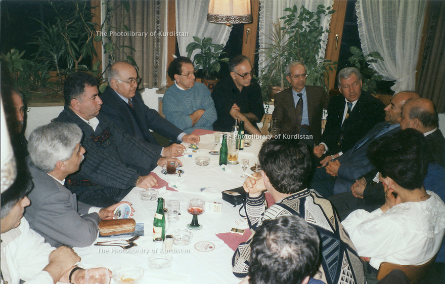 Germany 1996. In Munich,the Kurdish Student Association with Kemal Fuad, Hassan Shatavi, Nezamedin Kaya, Raouf  Kaffah, Saed Dizei<br /> <br /> Allemagne 1996. A Munich, reunion de l'Association des Etudiants Kurdes avec Kemal Fuad, Hassan Shatavi, Nezamedin Kaya, Raouf Kaffah, Saed Dizei