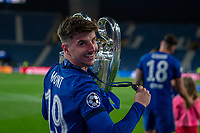 Mason Mount of Chelsea celebrates after winning the UEFA Champions League Final match between Manchester City and Chelsea at The Estdio do Drago, Porto, Portugal on 29 May 2021. PUBLICATIONxNOTxINxUK Copyright: xAndyxRowlandx PMI-4238-0225 <br /> Oporto 29/05/2021 <br /> Champions League Final <br /> Manchester City Vs Chelsea <br /> Photo Imago/Insidefoto <br /> ITALY ONLY