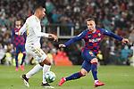Real Madrid's Carlos Henrique Casemiro (l) and FC Barcelona's Arthur Melo during La Liga match. March 1,2020. (ALTERPHOTOS/Acero)