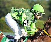 Jockey Maylan Studart returns to the races after a serious injury.