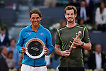 Rafael Nadal of Spain (L) and Andy Murray of Great Britain pose with their trophies at the end of the final of the Madrid Open Tennis tournament in Madrid, Spain. May 10, 2015. (ALTERPHOTOS/Victor Blanco)