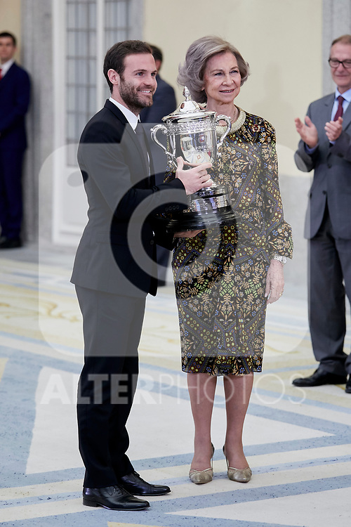 Former Queen Sofia of Spain and Juan Mata attends to National Sports Awards at Royal Palace of el Pardo in Madrid, Spain. January 10, 2019. (ALTERPHOTOS/A. Perez Meca) (ALTERPHOTOS/A. Perez Meca)