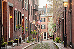 Cobblestoned Acorn Street on Beacon Hill, Boston, MA, USA