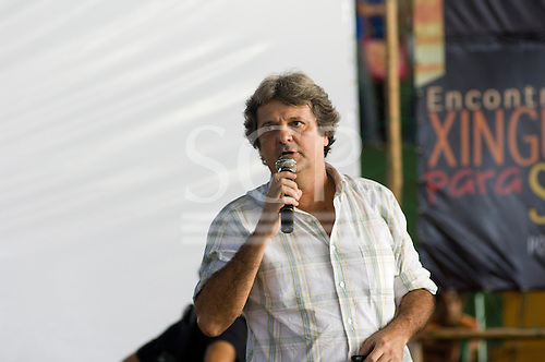 Altamira, Brazil. Encontro Xingu protest meeting about the proposed Belo Monte hydroeletric dam and other dams on the Xingu river and its tributaries. Paulo Fernando Vieira Souto Rezende, the Eletrobras representative.