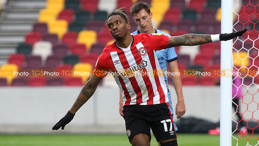 Ivan Toney celebrates scoring Brentford's second goal during Brentford vs Coventry City, Sky Bet EFL Championship Football at the Brentford Community Stadium on 17th October 2020