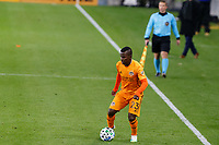 ST PAUL, MN - OCTOBER 18: Darwin Quintero #23 of Houston Dynamo brings the ball forward during a game between Houston Dynamo and Minnesota United FC at Allianz Field on October 18, 2020 in St Paul, Minnesota.