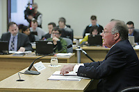 Commissioner Michel Bastarache unveils the report of his inquiry in the appointment of judges, commonly know as the Commission Bastarache, as journalists listen Wednesday January 19, 2011.<br /> <br /> PHOTO :  Francis Vachon - Agence Quebec Presse