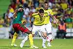 Colombia's James Rodriguez (c) and Frank Fabra (r) and Cameroon's Arnaud Djoum during international friendly match. June 13,2017.(ALTERPHOTOS/Acero)