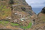 Village de Corvo avec ses terrasses  entre Ponta do Sol et Cruzinha de Garca, .ile de Sao Antao
