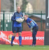 Belgium - The Netherlands : Jan-Willem van Ede en doelvrouw Loes Geurts.foto DAVID CATRY / Vrouwenteam.be