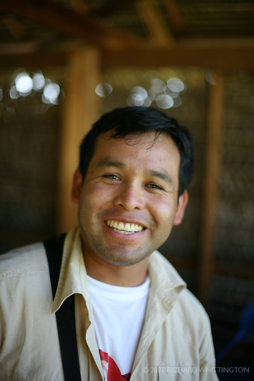 Percy, our Peruvian InkaNatura birding guide.
