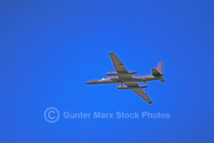 "US Air Force Lockheed U-2 High-Altitude Reconnaissance Military Aircraft (aka ""Dragon Lady"") in Flight - at Abbotsford International Airshow, BC, British Columbia, Canada"