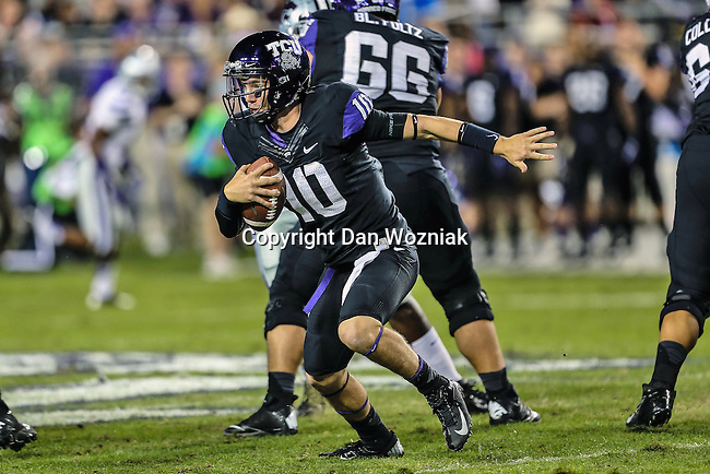 TCU Horned Frogs wide receiver Matt Brown (10) in action during the game between the Kansas State Wildcats and the TCU Horned Frogs  at the Amon G. Carter Stadium in Fort Worth, Texas. Kansas State defeats TCU 23 to 10...