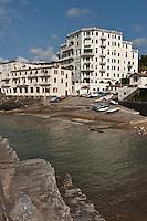 Europe/France/Aquitaine/64/Pyrénées-Atlantiques/Pays-Basque/Guéthary:  Port de Guéthary - Le port, fortement incliné pour hisser les baleines
