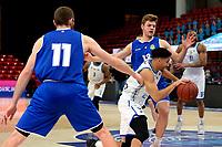 43 KM<br /> GRONINGEN -  Basketbal,  Donar - Den Helder Suns Elite A seizoen 2020--2021, 27-03-2021, Donar speler Leon Williams met Den Helder speler Tom Koopman